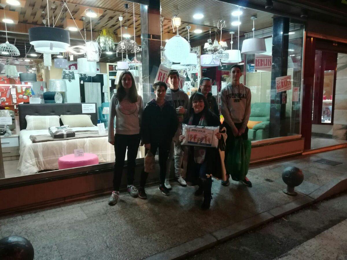 Sesenta Comerciantes De La Comarca De Almad N Colaboran En El  # Muebles Velasco